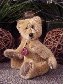 "Gaarth- Mini 6"" Mohair Bear with Stone Pendant"