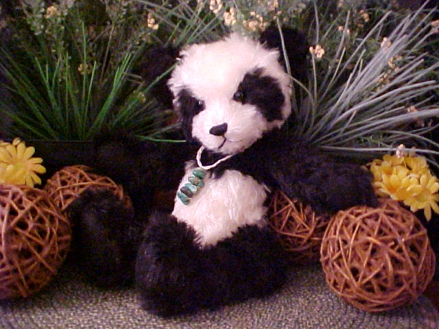 "Sun Tzu Too - German Mohair Black And White 15"" Panda"