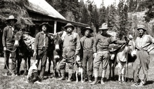 Teddy Roosevelt in a hunting party with Uncle Jim Owens
