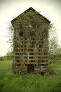 An Old Corn Crib (found on seaglasslvr.tumblr.com)