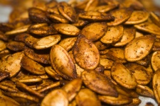 roasted-pumpkin-seeds-3